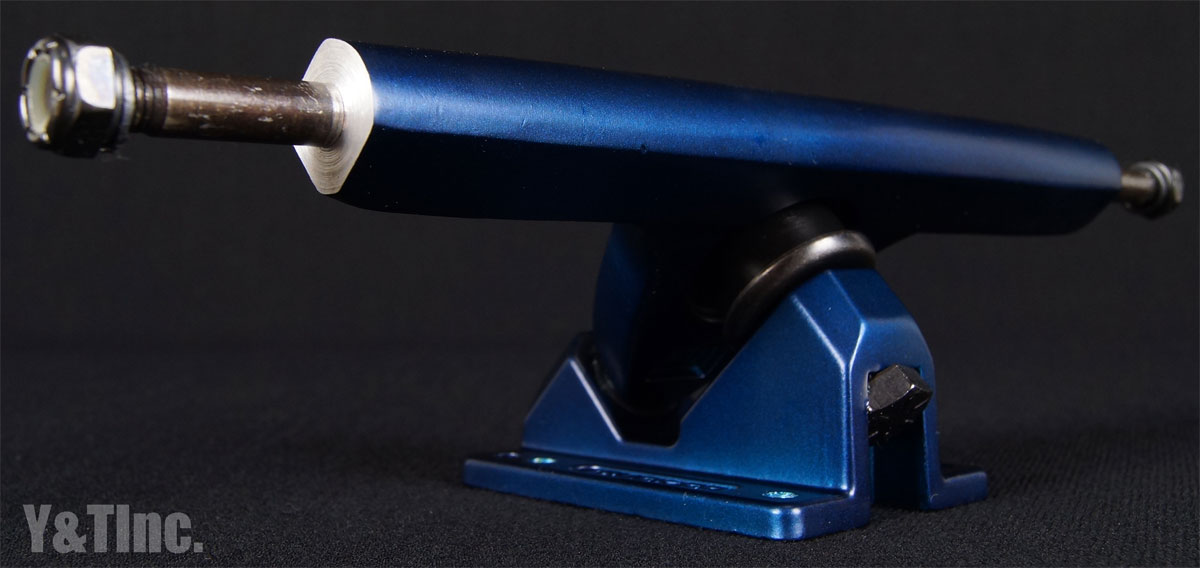 CALIBER 2 10 FORTY FOUR MIDNIGHT SATIN BLUE 2