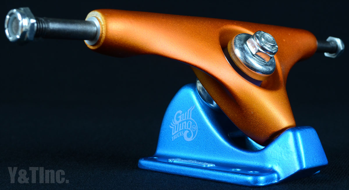 GULLWING CHARGER 9 ORANGE BLUE 1
