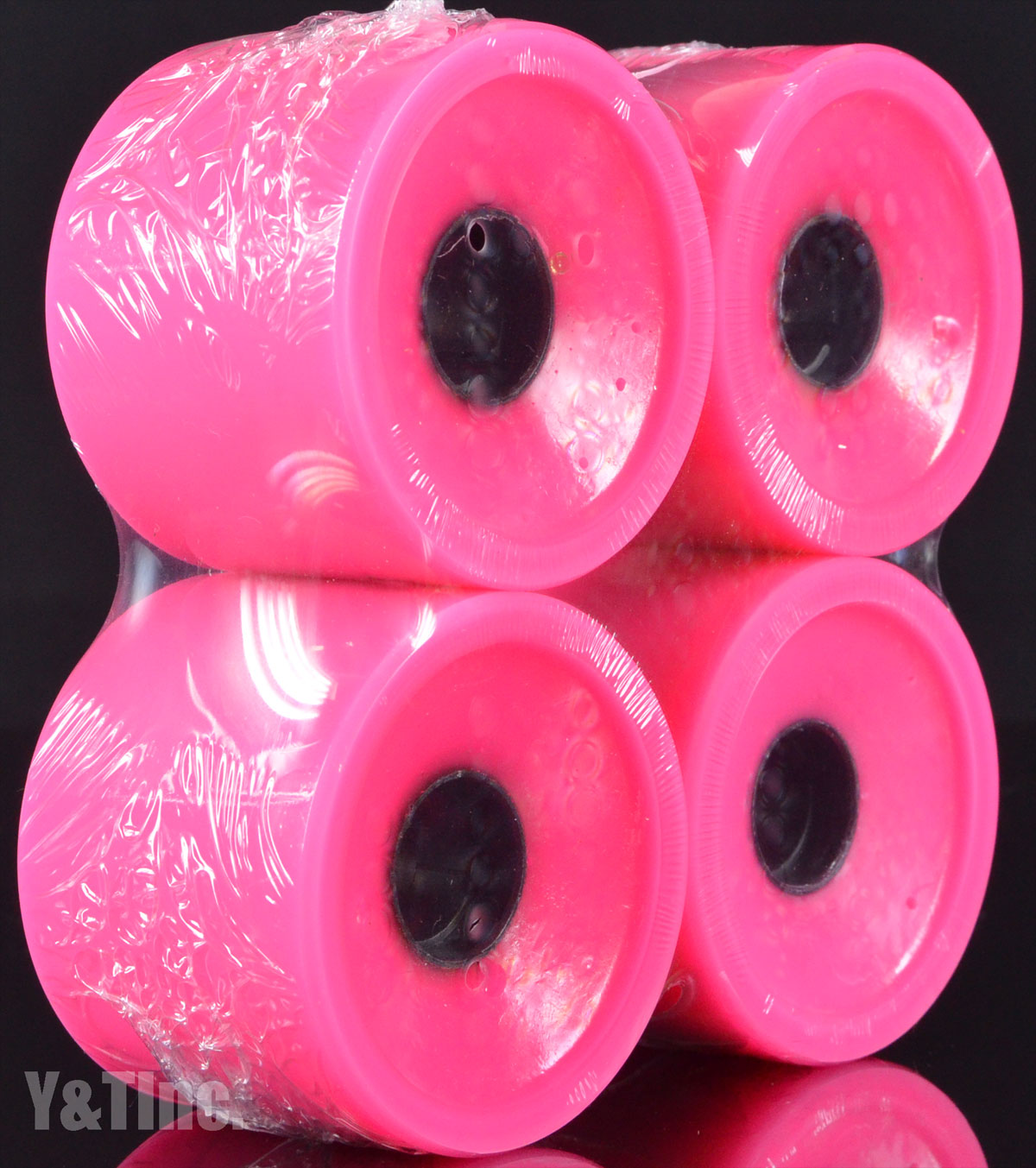 ABEC11 Zig Zags 70mm 77a Pink 1