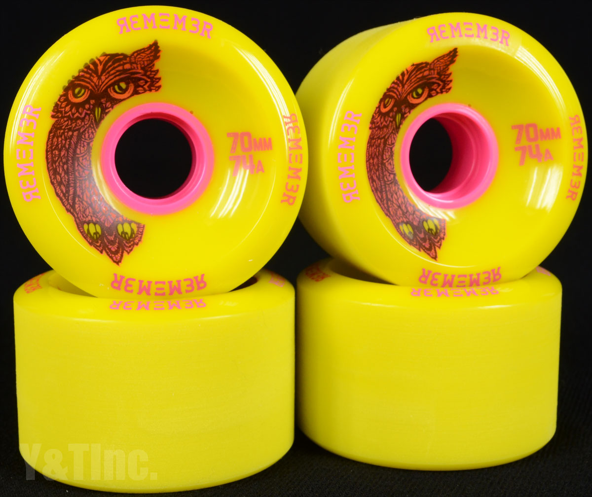 REMEMBER Hoot 70mm 74a Yellow 1