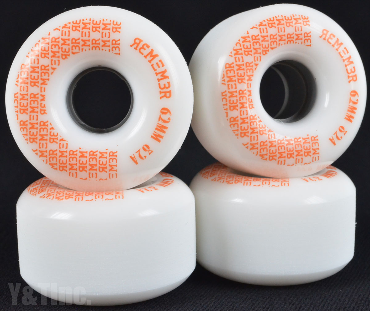 REMEMBER PeeWee 62mm 82a White 1